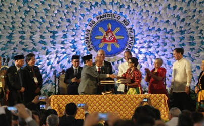Philippines Signs Deal with Muslim Rebels