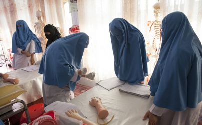 Midwives tackle high rates of maternal mortality in Afghanistan