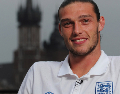 Andy Carroll Dibujuk Kembali ke Newcastle United