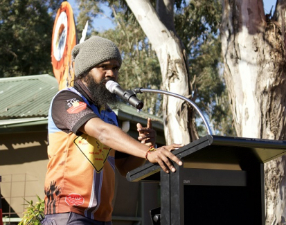 Aboriginal activist walks 6000 kilometres for justice