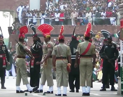 India Pakistan border theatrics a barrier to peace