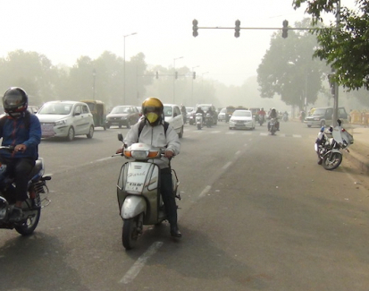 Pollution levels skyrocket in Delhi on the back of Diwali