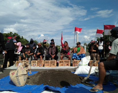 Cementing the future: Farmers stage dramatic protest to halt cement factory