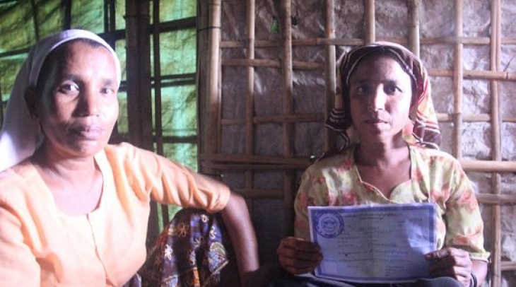 The white card holder, Asha Balcon, is one the Rohingyas who is fighting identity as a Rohingya. (Ph