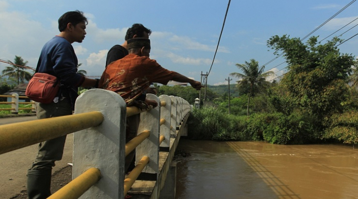 Many executions took place at the Plengkung Bridge above the Cikawung River, Central Java. (Photo: M