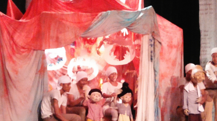 ogyakarta based puppet company Papermoon's production 'Old Man's Books' played at Pesta Boneka #5, a
