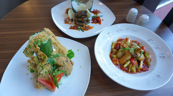 Menu Pilkada di Best Western Premier The Hive