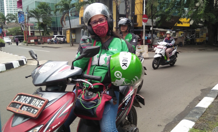 Female driver, Rosinawati, in Jakarta. (Photo: Nicole Curby)