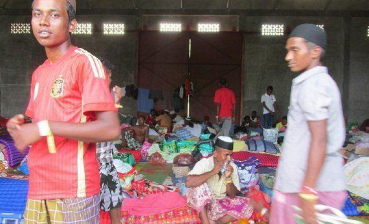 Bangladeshi refugees' camp in Aceh. (Photo: Rio Tuasikal)