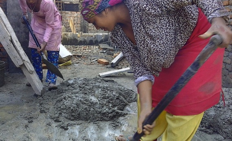 Manisha and Alina are working in construction after earthquake destroyed home in Nepal. (Photo: Raja