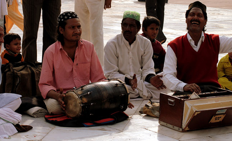 Qawwali singers at Fatehpur (Photo: Sikri Joshua)