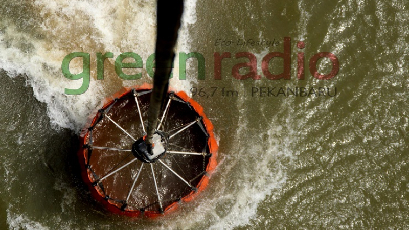 Water bombing (Foto: Green Radio Pekanbaru)