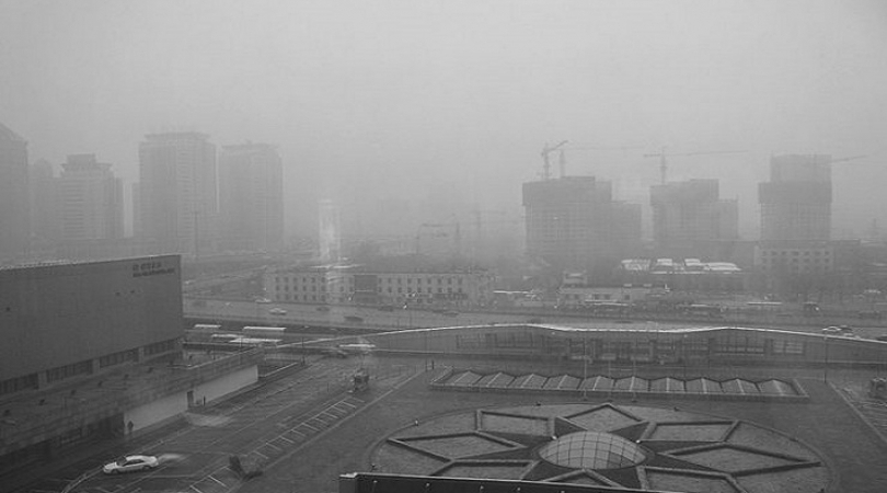 Beijing air pollution. China is the world's leading emitter of greenhouse gases. (Photo: Mark Godfre