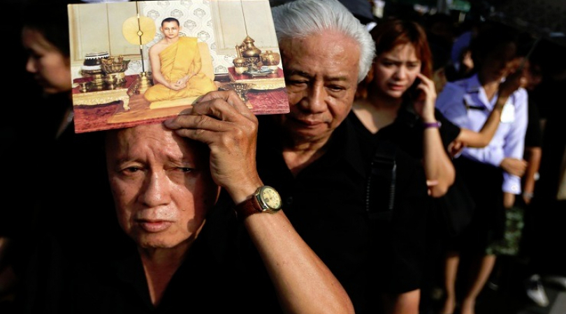 Thailand mourns the loss of King Bhummipol Adujadej (Photo: Antara)
