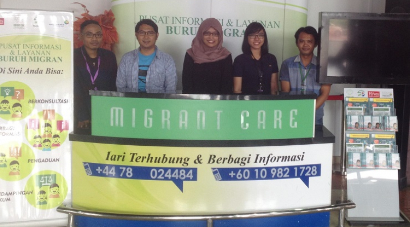 NGO Migrant Care gets in touch with migrant workers at their final port of call, Soekarno-Hatta airp