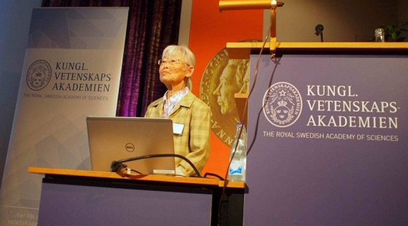 Professor Tomoko Ohta at the Crafoord award seminar in Stockholm. (Photo: Ric Wasserman)
